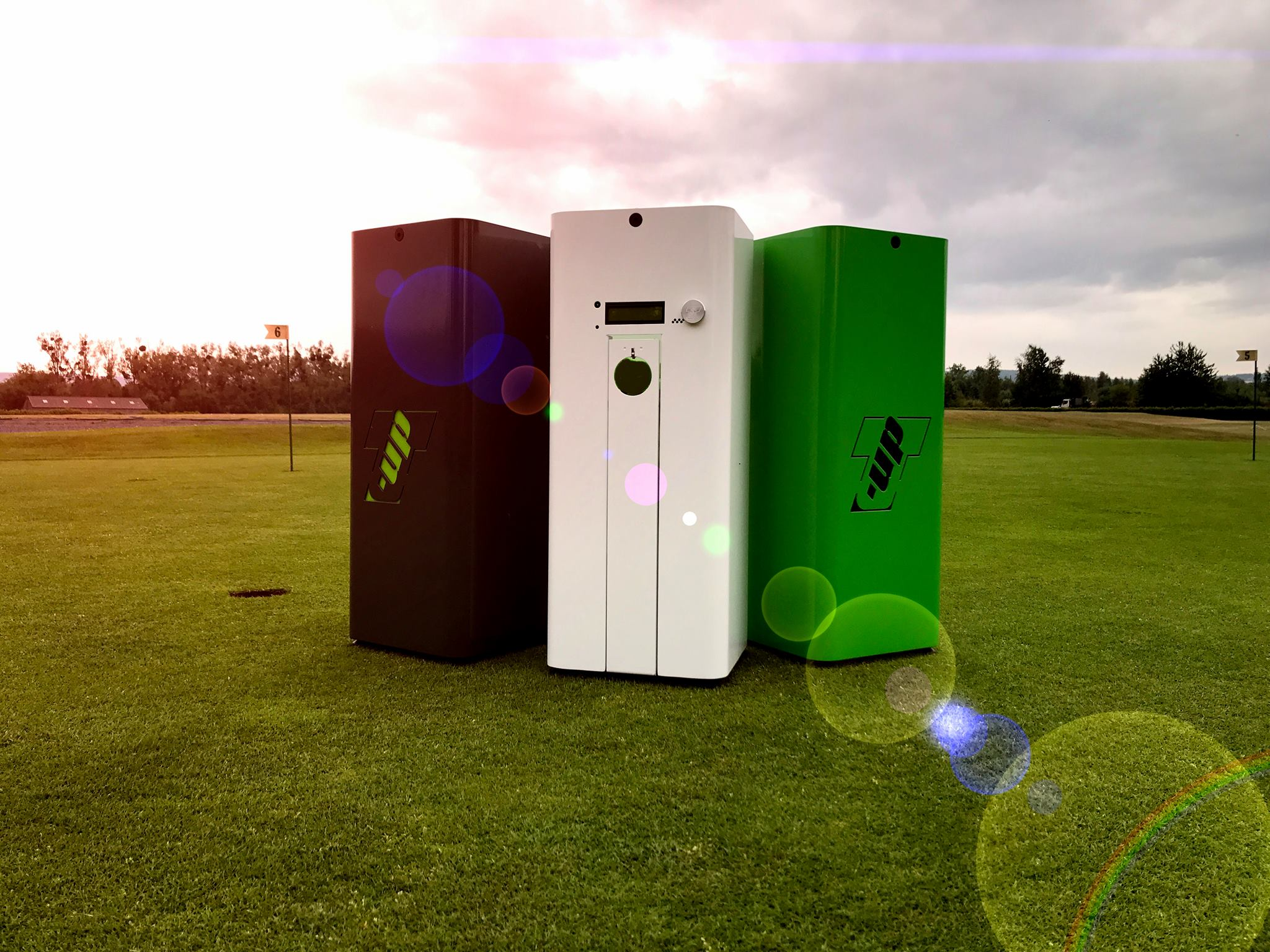 rendered marketing model for golf rang product concept